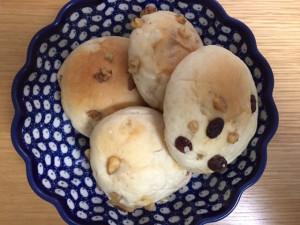 佐藤さんが焼いたパン